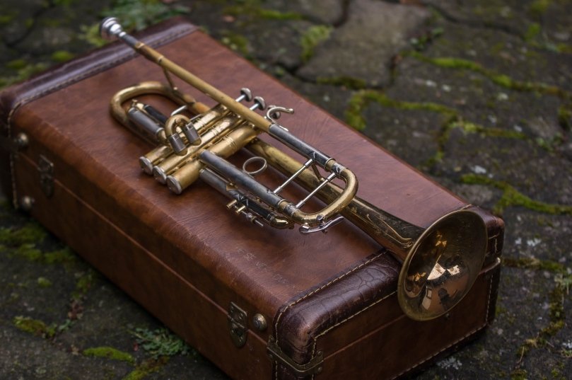 brass-3099922_1920_emkanicepic