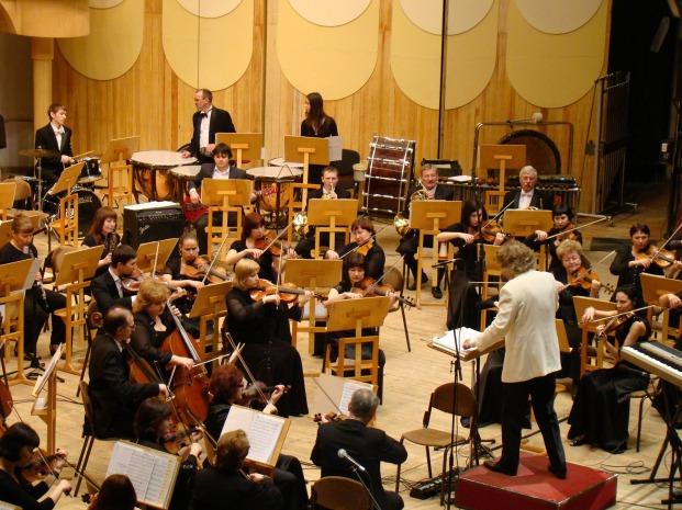 symphony-orchestra-183608_1920_takazart