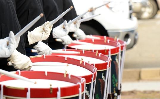 drummers-642540_1920_skeeze2.jpg