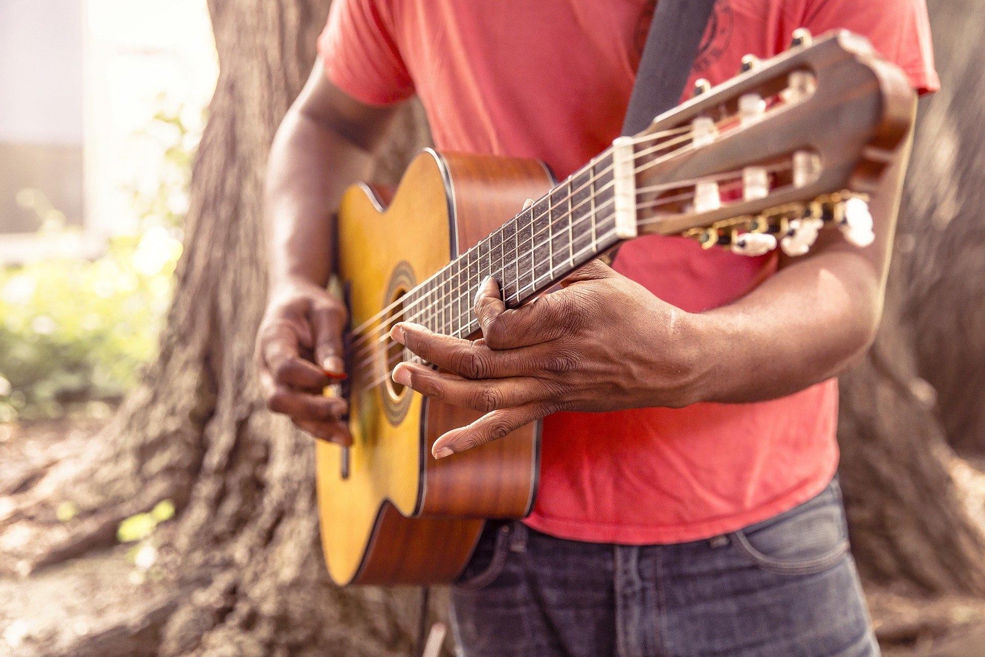 guitar-869217_1920_RyanMcGuire