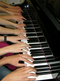 piano-286036_1920_crystalle