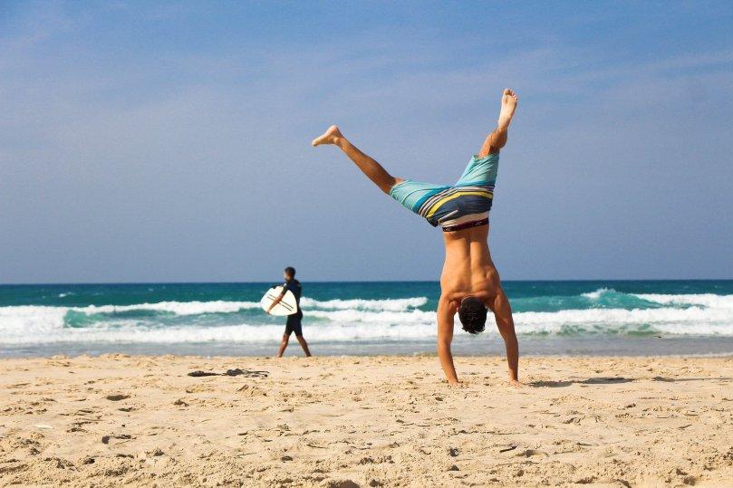 handstand-2224104_1920_MatanVizel