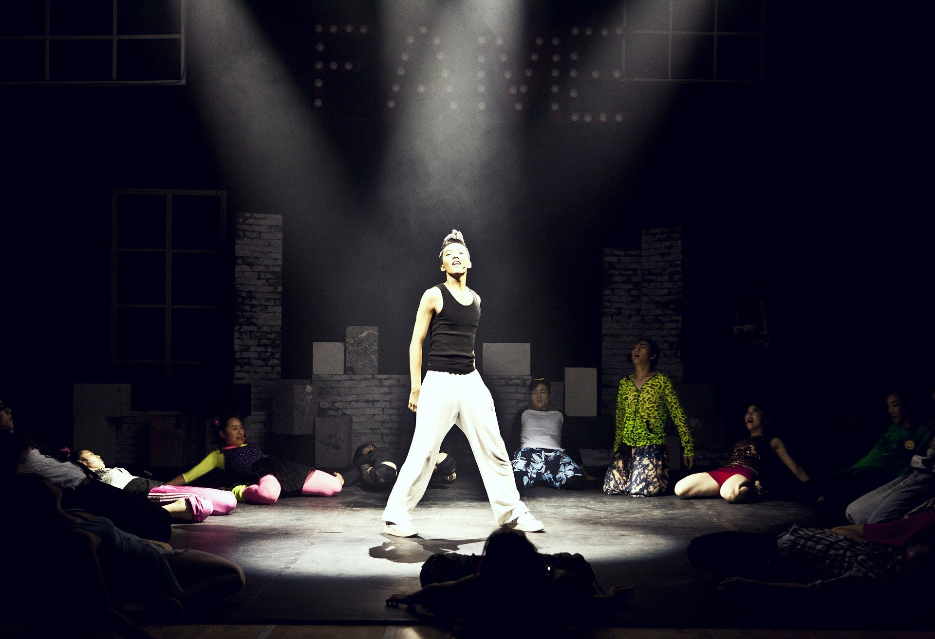 dance-430553_1920_ bigter choi