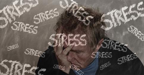 stress-3853150_1920_geralt