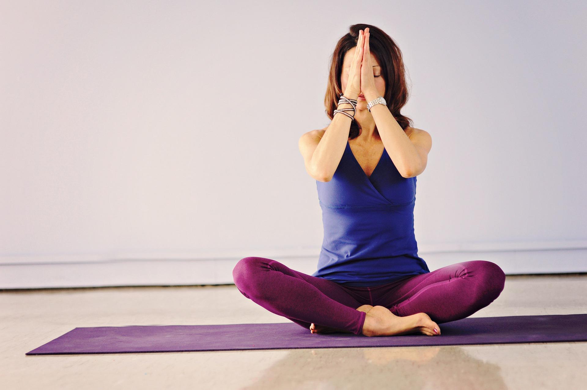 yoga-4595164_1920_laurajuarez